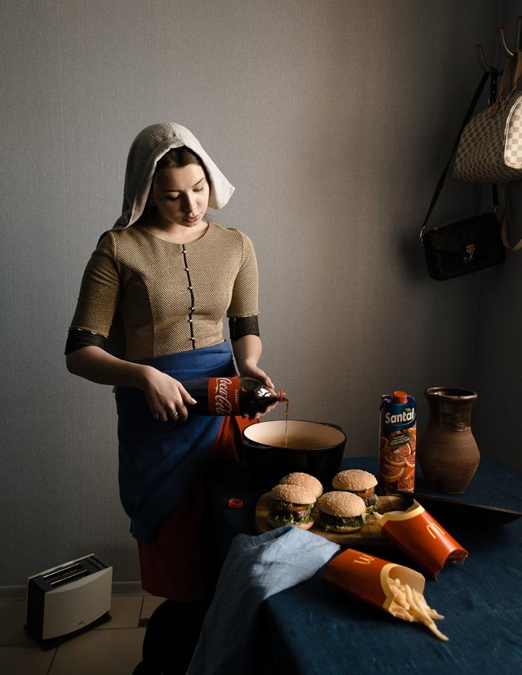 Meme – Denis Tumanov – Cocamaid Vermeer contemporáneo